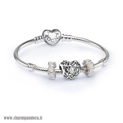 Economici Sale April Signature Heart Birthstone Charm Bracelet Set charmpandora